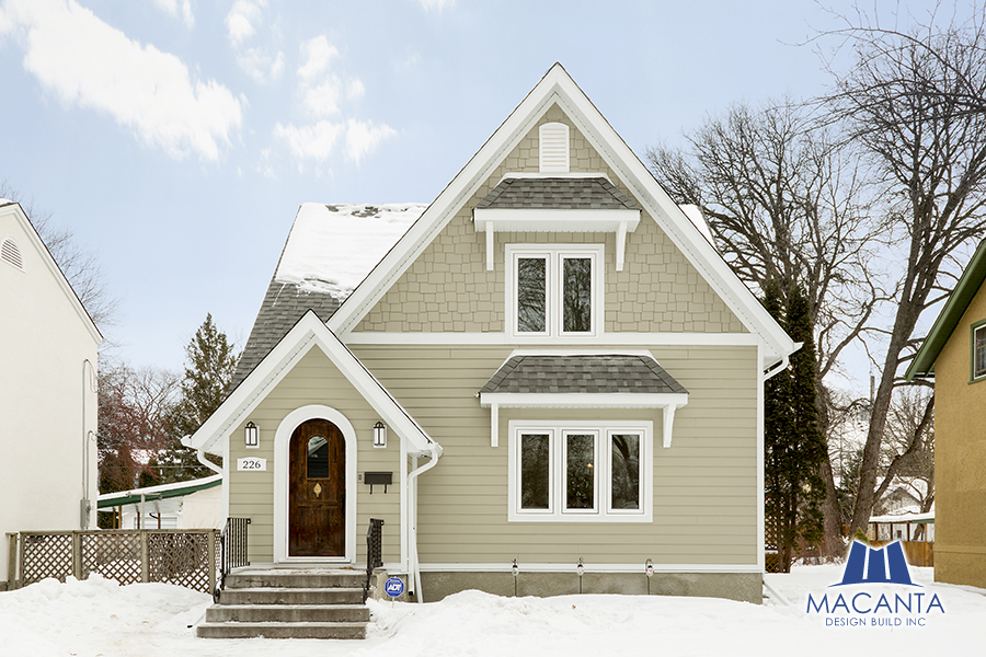 Major home renovation projects images.